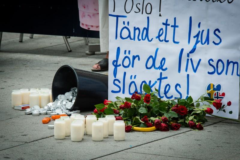 Manifestation för att minnas och hedra offren i Utöya