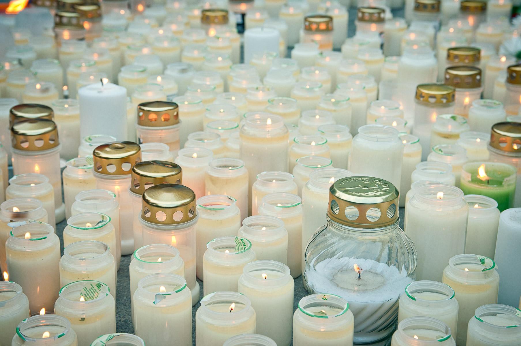 Sorgestund i Uppsala för offren i Norge juli 2011